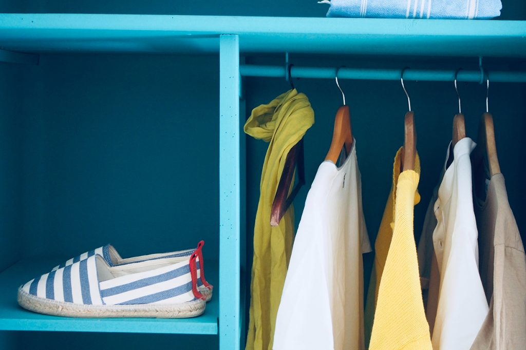 Where to Donate Old Clothing: Don't Dump It in Front of Goodwill